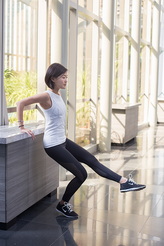 7 Travel-Friendly Exercises You Can Do At The Airport Tricep Dips
